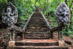 Wat-Banan-Temple-Battambang-Cambodia-001.jpg