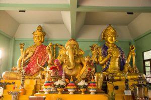 Wat-Bang-Chak-Nonthaburi-Thailand-08.jpg