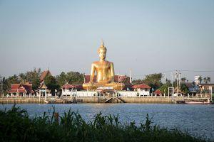 Wat-Bang-Chak-Nonthaburi-Thailand-09.jpg
