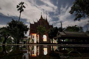 Wat-Bang-Krabao-Prachinburi-Thailand-01.jpg