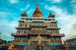Wat-Bang-Phli-Yai-Klang-Samut-Prakan-Thailand-02.jpg