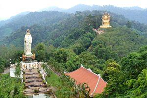 Wat-Bang-Riang-Phang-Nga-Thailand-002.jpg