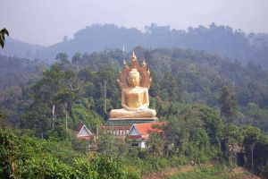 Wat-Bang-Riang-Phang-Nga-Thailand-006.jpg