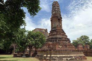 Wat-Borom-Phuttharam-Ayutthaya-Thailand-03.jpg