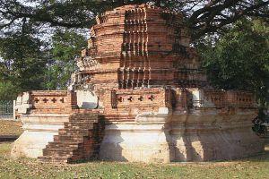 Wat-Borom-Phuttharam-Ayutthaya-Thailand-06.jpg