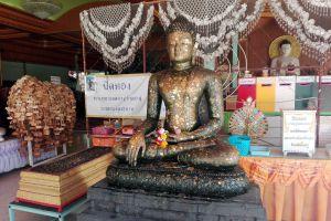 Wat-Bua-Khwan-Phra-Aram-Luang-Nonthaburi-Thailand-06.jpg