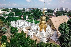 Wat-Buppharam-Suan-Dok-Temple-Chiang-Mai-Thailand-01.jpg