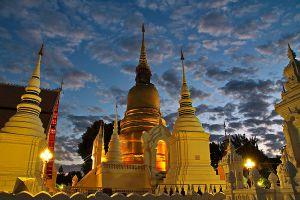 Wat-Buppharam-Suan-Dok-Temple-Chiang-Mai-Thailand-05.jpg