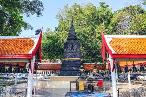 Wat-Chai-Mongkron-Chonburi-Thailand-02.jpg