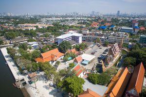 Wat-Chalo-Nonthaburi-Thailand-03.jpg