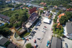 Wat-Chalo-Nonthaburi-Thailand-06.jpg