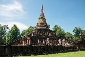 Wat-Chang-Lom-Sukhothai-Thailand-06.jpg