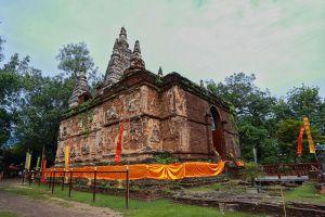 Wat-Chedi-Chet-Yot-Chiang-Mai-Thailand-001.jpg