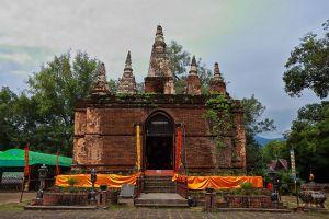 Wat-Chedi-Chet-Yot-Chiang-Mai-Thailand-003.jpg
