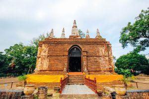 Wat-Chedi-Chet-Yot-Chiang-Mai-Thailand-005.jpg