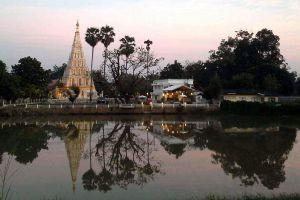 Wat-Chedi-Liam-Chiang-Mai-Thailand-03.jpg