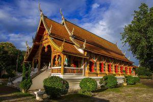 Wat-Chedi-Liam-Chiang-Mai-Thailand-06.jpg