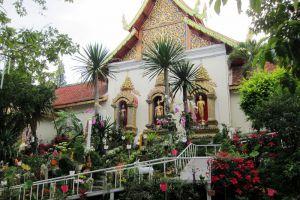 Wat-Chedi-Luang-Chiang-Mai-Thailand-004.jpg