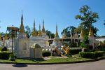 Wat-Chedi-Sao-Lampang-Thailand-003.jpg