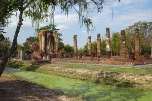 Wat-Chetuphon-Sukhothai-Thailand-06.jpg