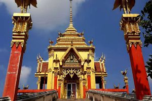 Wat-Chin-Wararam-Worawihan-Pathumthani-Thailand-04.jpg
