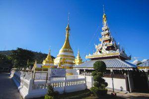 Wat-Chong-Klang-Mae-Hong-Son-Thailand-09.jpg