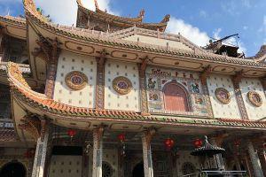 Wat-Chue-Chang-Songkhla-Thailand-08.jpg