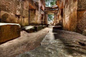 Wat-Ek-Phnom-Battambang-Cambodia-002.jpg