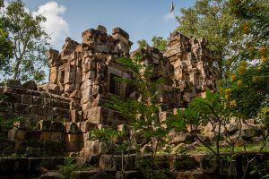 Wat-Ek-Phnom-Battambang-Cambodia-004.jpg