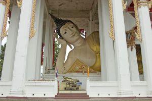 Wat-Hat-Yai-Nai-Songkhla-Thailand-06.jpg