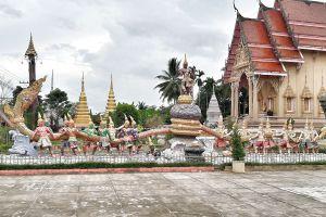Wat-Hua-Thanon-Songkhla-Thailand-04.jpg