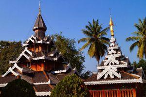 Wat-Hua-Wiang-Mae-Hong-Son-Thailand-001.jpg
