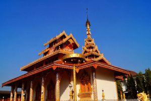 Wat-Hua-Wiang-Mae-Hong-Son-Thailand-002.jpg