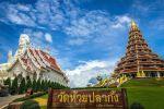 Wat-Huay-Pla-Kang-Chiang-Rai-Thailand-02.jpg