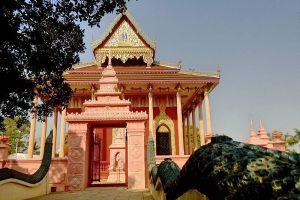 Wat-Kaeo-Phichit-Prachinburi-Thailand-004.jpg