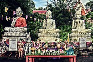 Wat-Kaew-Prasert-Chumphon-Thailand-05.jpg