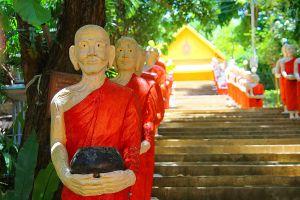 Wat-Kaew-Prasert-Chumphon-Thailand-06.jpg