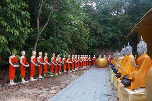 Wat-Kaew-Prasert-Chumphon-Thailand-08.jpg