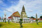 Wat-Kalayanamit-Woramahawihan-Bangkok-Thailand-06.jpg