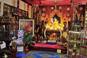 Wat-Ket-Karam-Chiang-Mai-Thailand-02.jpg