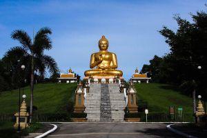 Wat-Khao-Kong-Narathiwat-Thailand-02.jpg