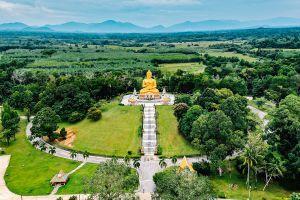 Wat-Khao-Kong-Narathiwat-Thailand-05.jpg