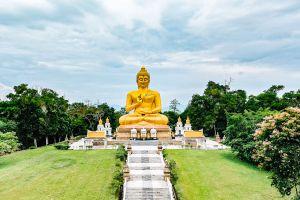Wat-Khao-Kong-Narathiwat-Thailand-06.jpg