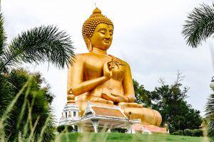Wat-Khao-Kong-Narathiwat-Thailand-07.jpg