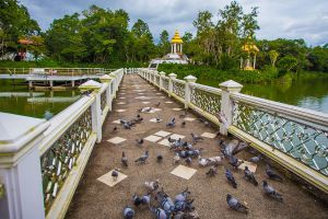 Wat-Khao-Sukim-Chanthaburi-Thailand-03.jpg
