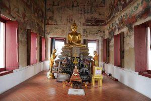 Wat-Ku-Nonthaburi-Thailand-06.jpg