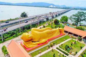 Wat-Laem-Pho-Songkhla-Thailand-02.jpg