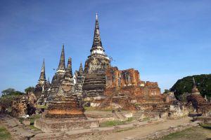 Wat-Lokayasutharam-Ayutthaya-Thailand-06.jpg
