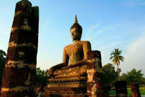 Wat-Mahathat-Sukhothai-Thailand-05.jpg