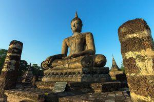 Wat-Mahathat-Sukhothai-Thailand-06.jpg